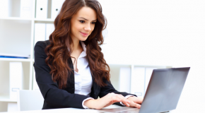 Cum ar putea să te verifice șefii dacă într-adevăr muncești de acasă