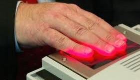 Introducerea cartilor de identitate electronice a fost amanata din nou, pentru 2014