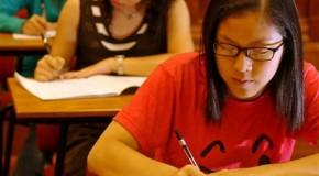 Bacalaureat 2013, masuri extreme impotriva metodelor de copiat. In China s-au interzis sutienele