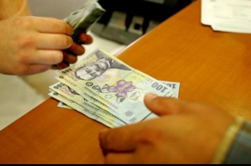 Salariul minim brut creşte de la 1 noiembrie, în funcţie de studii sau vechime