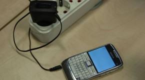 Cum afli dacă ai telefonul ascultat! Ce simplu e!