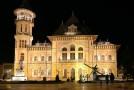 În acest oraş din România rişti să primeşti amendă dacă scuipi pe stradă sau pui rufele la uscat pe balcoanele care nu sunt închise