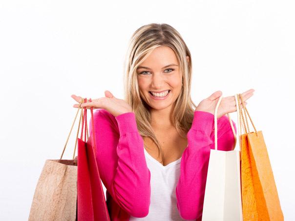 femeie-cumparaturi-hepta