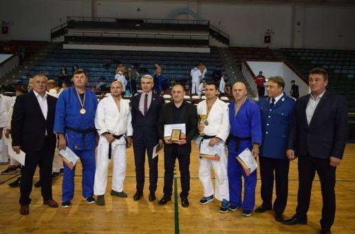 Iulian Munteanu, fostul șef al Serviciului Rutier Vaslui, campion MAI la Judo
