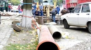 Anul viitor vasluienii vor beneficia de conducte noi de apã si canalizare