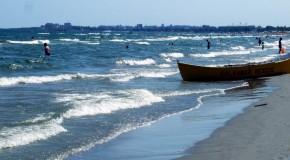 Aplicaţia care te salvează de la înec şi îţi spune cum este vremea pe litoral