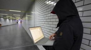 Pro şi contra anonimităţii pe Internet