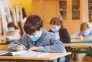 De ce unele unități de învățământ aplică scenariul verde, când în localitate este cod roșu de pandemie?